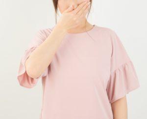 抗がん剤の副作用による吐き気のイメージ